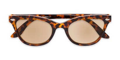 Folded of The Daffodil Reading Sunglasses in Tortoise with Amber