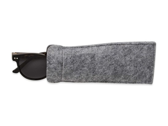 Detail of The Cosmo Polarized Magnetic Bifocal Reading Sunglasses in Grey Tortoise with Smoke