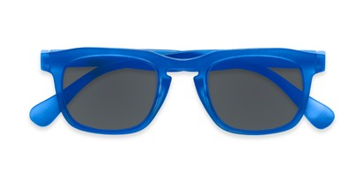 Folded of The Vinton Reading Sunglasses in Blue with Smoke